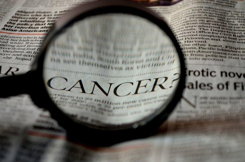 Acesta este cancerul ucigas care nu da semne! Astea sunt simptomele pe care nu trebuie sa le mai ignori niciodata!