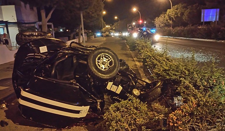 O româncă aflată în vacanță în Cipru a murit în urma unui grav accident rutier