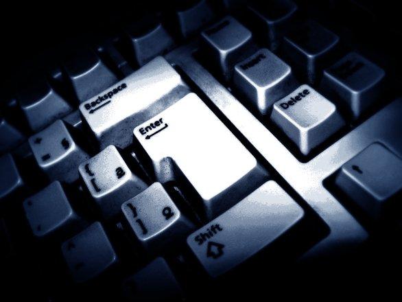 Serviciile secrete britanice, în criză de spioni din cauza rețelelor de socializare!