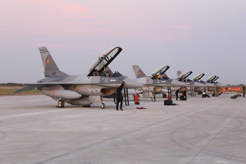 Primele avioane F-16 au ajuns în România
