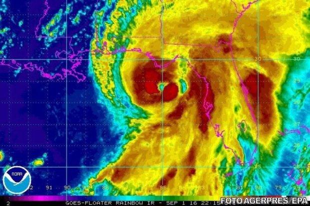Aproape 1.000 de oameni au murit în Haiti, în urma uraganului Matthew 418