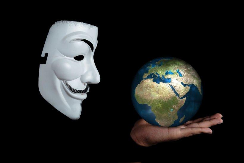 """Dezvăluirea facută de hackerii de la Anonymous: """"Al Treilea Război Mondial e iminent"""""""