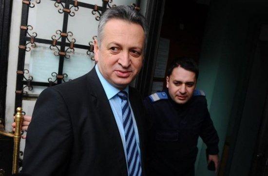 Sechestru pe bunurile lui Relu Fenechiu. Fostul ministru al Transporturilor a luat șpagă cât 3.000 de salarii minime pe economie