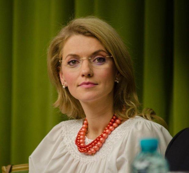 ALEGERI PARLAMENTARE 2016. Alina Gorghiu susţine că va demisiona de la conducerea PNL dacă liberalii nu vor fi cei care vor propune viitorul premier