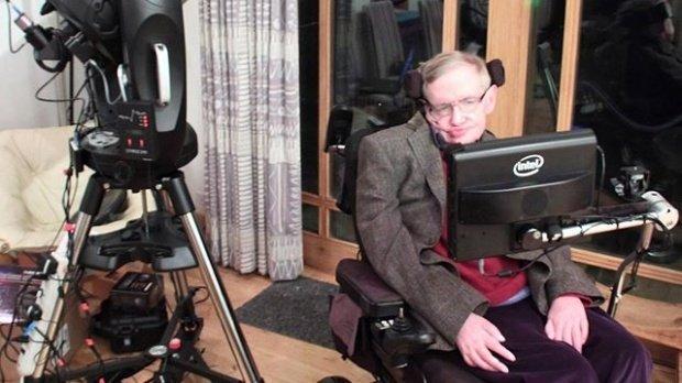 Stephen Hawking lansează un avertisment șocant! Rasa umană, în pericol de dispariție