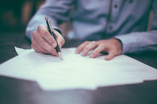 CCR: Legea dării în plată, parțial neconstituțională