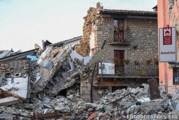 """Româncă din Italia: """"Au căzut multe clădiri aici. A fost un cutremur puternic"""""""