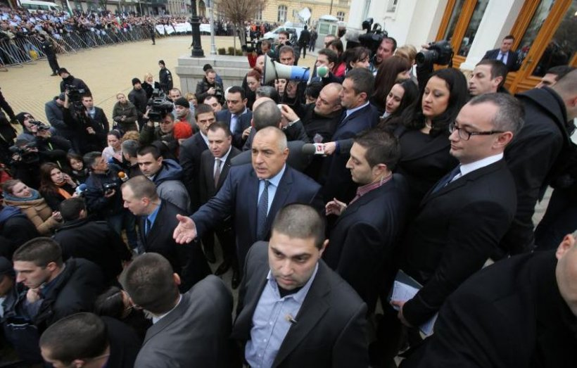 Alegeri în Bulgaria. Socialistul Rumen Radev a câştigat alegerile prezidenţiale. Premierul  Boiko Borisov şi-a anunţat demisia