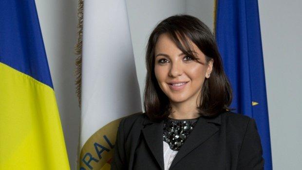 Șefa Autorității Electorale, Ana Maria Pătru, a fost reținută de DNA. Pătru a demisionat