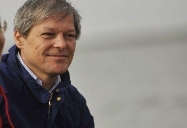"""Dacian Cioloș, mesaj înainte de alegeri: """"Avem cu cine să ducem România înainte"""""""