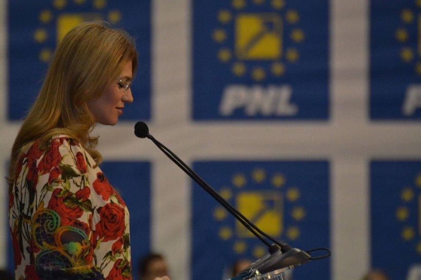 Alina Gorghiu își dă demisia din fruntea PNL