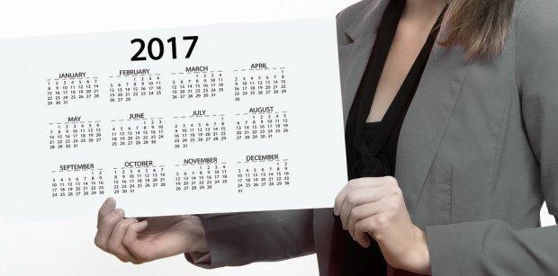 Românii vor avea mai multe zile libere în 2017