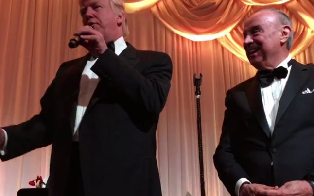 Donald Trump şi-a petrecut Revelionul cu un infractor, prieten cu celebrul mafiot John Gotti - VIDEO 127