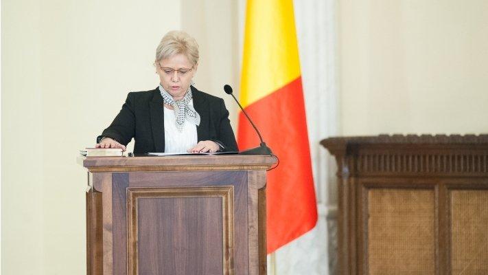 """Lovitură pentru Guvernul Grindeanu. Procesul ministrului Adriana Petcu cu ANI nu este """"subiect închis"""""""