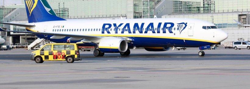 Zboruri anulate de Tarom și Ryanair