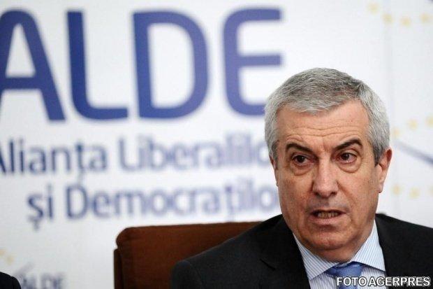 """Călin Popescu Tăriceanu, tranșant la adresa lui Klaus Iohannis: """"Să se hotărască ce fel de președintre vrea să fie"""""""