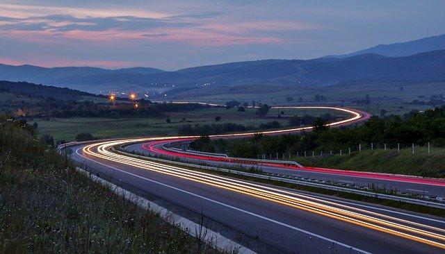 Ministerul Transporturilor pregăteşte modificarea tarifelor pentru roviniete. Ce se schimbă