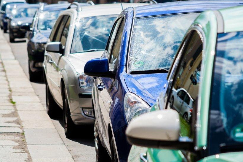 Atenție, șoferi! A început ridicarea mașinilor în București