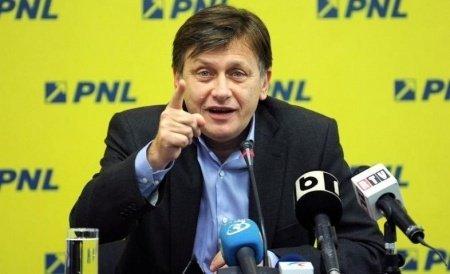 Crin Antonescu: Eu nu am plecat de pe câmpul de luptă din cauza SRI