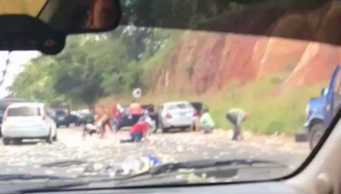 """""""Au uitat să fie oameni!"""" Reacție șocantă a martorilor unui grav accident rutier. De ce nu au încercat să ajute victimele - VIDEO"""