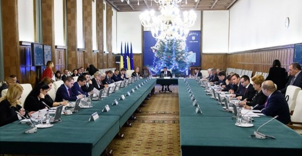 Antena 3 a obţinut proiectul de buget pe 2017. Guvernul taie banii lui Klaus Iohannis