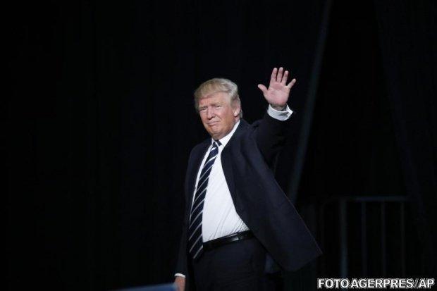 Preşedintele american Donald Trump a demisionat din Trump Organization