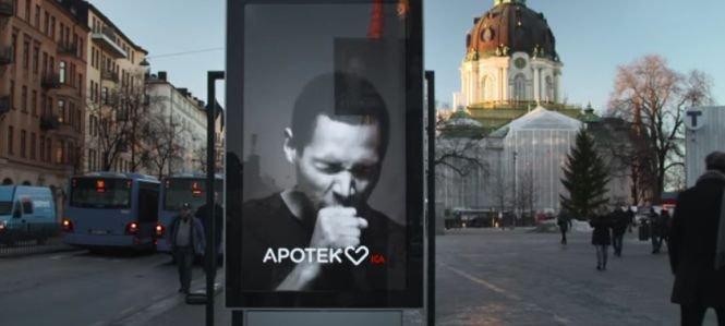 """Ce se întâmplă când fumătorii trec pe lângă aceste panouri publicitare. """"E straniu"""" - VIDEO"""