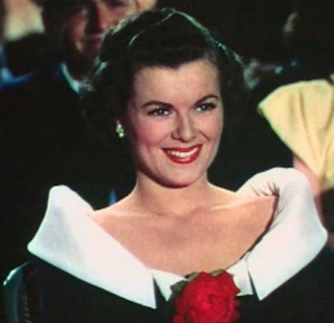 """A mai dispărut o """"stea"""" de pe Walk of Fame. Actrița Barbara Hale a murit"""