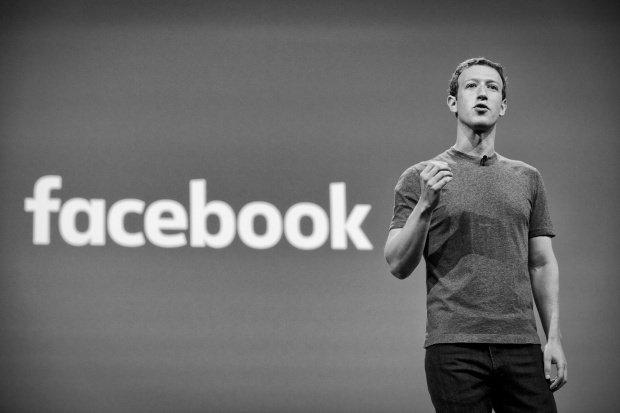 Mesajul transmis de Mark Zuckerberg, după ce Trump a semnat ordinul care suspendă primirea refugiaţilor