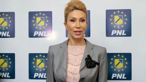 Raluca Turcan: Voi propune ca alegerile interne din PNL să se desfășoare de jos în sus