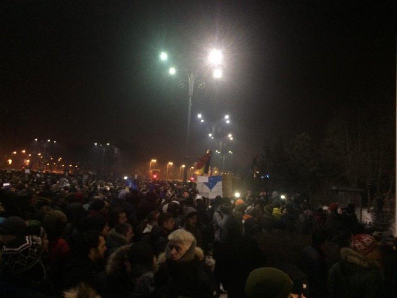 Jandarmeria Română: Deocamdată situația este calmă și vrem să transmitem un mesaj la manifestație pașnică