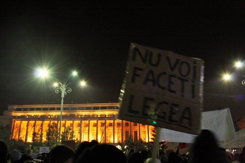"""Presa internațională: """"Guvernul capitulează pentru a stinge furia românilor"""" 482"""