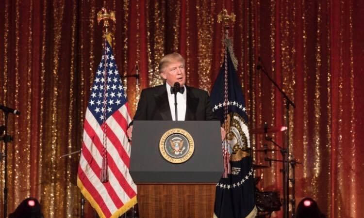 """Donald Trump promite un răspuns """"puternic"""" la cel mai recent test cu rachetă balistică din Coreea de Nord"""