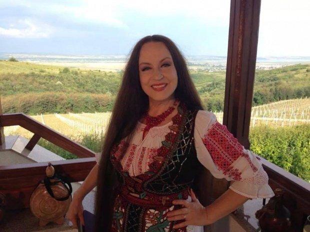 "Maria Dragomiroiu s-a ""lepădat"" de folclor"