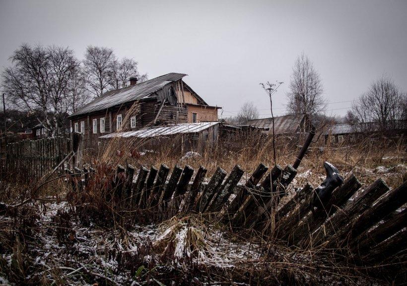 Locul din România unde sătenii se feresc să mai traverseze o uliţă. Ce s-a întâmplat acolo i-a îngrozit pe toți