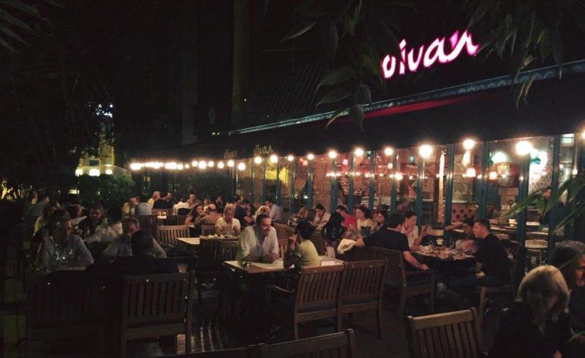 Lan ul de restaurante divan a fost v ndut for Divan floreasca