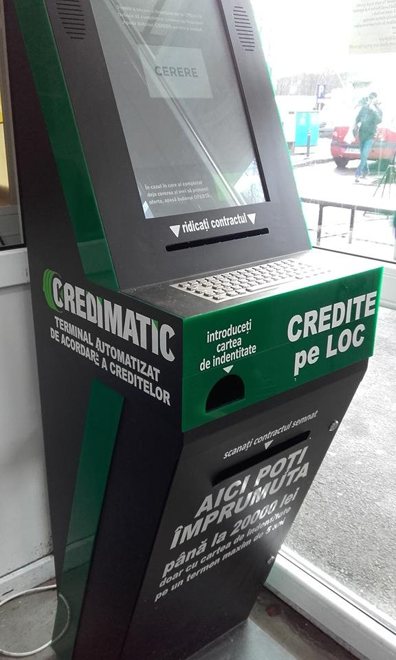 """Creditele de la bancomat """"ard"""" buzunarul. Dobânzile depășesc 300%"""