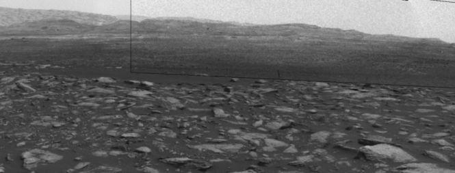 Robotul Curiosity a transmis imagini uimitoare de pe Marte