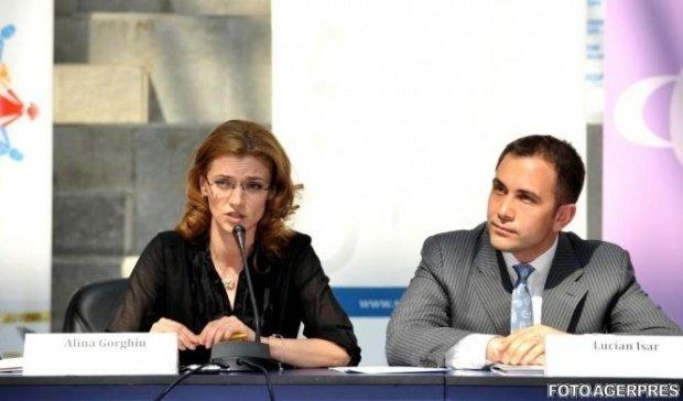 Soțul Alinei Gorghiu, Lucian Isar, implicat într-un grav accident rutier - VIDEO
