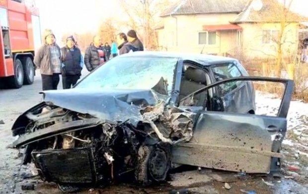 Accident cumplit pe A1. Doi oameni au murit