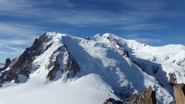 Operațiune dramatică pentru salvarea a doi alpiniști blocați în Masivul Retezat