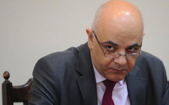 CNSAS: Secretarul de stat în Ministerul Afacerilor Interne Raed Arafat a fost urmărit de Securitate doi ani