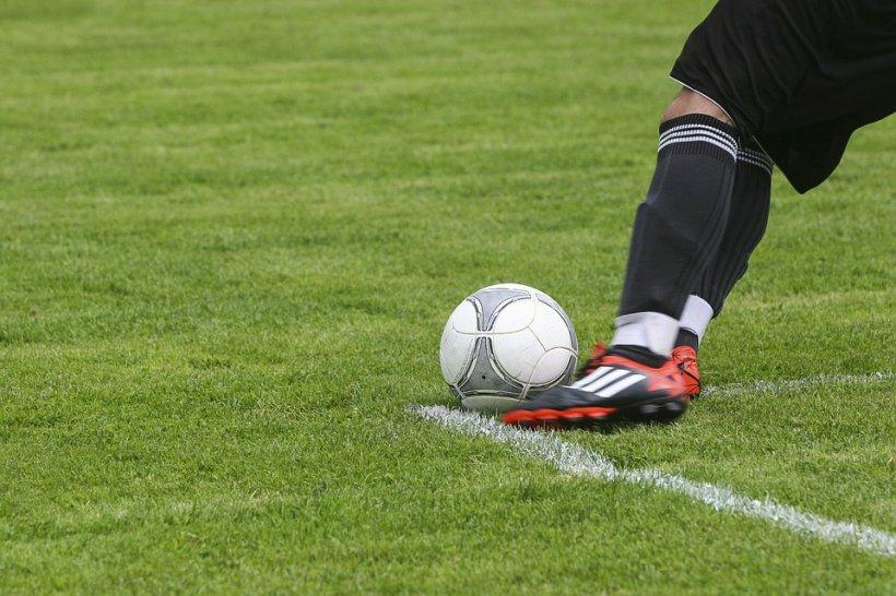 Decizie radicală! Fost fotbalist român a dat balonul rotund pentru rasa monahală. A ajuns călugăr la Muntele Athos