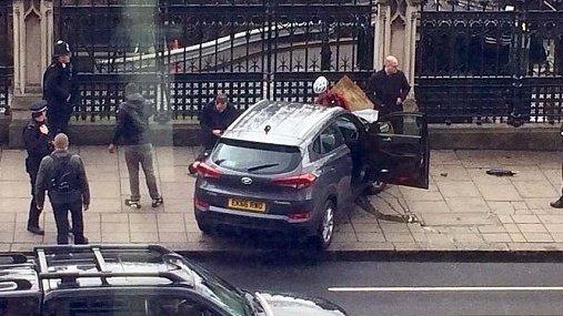 """Dezvăluiri despre atacatorul de la Londra. """"Era un psihopat. Prietenii lui erau niște criminali"""""""