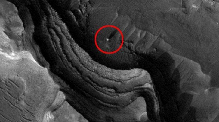 NASA a surprins o sferă luminoasă pe Marte