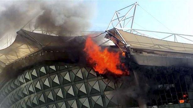 Stadionul echipei lui Carlos Tevez a luat foc