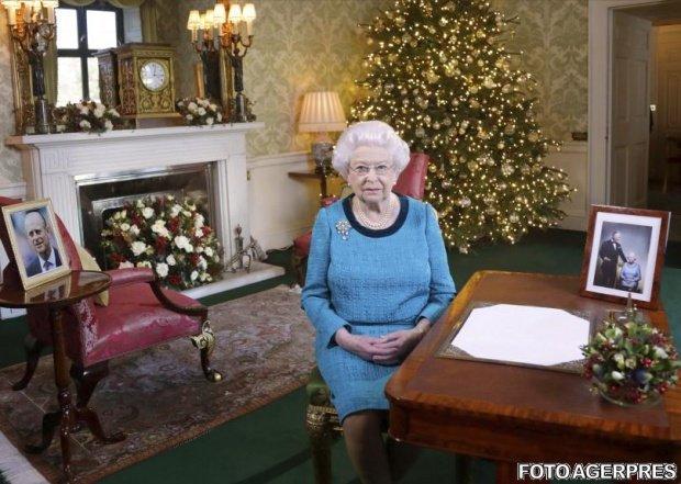 Cum o strigă nepoții pe Regina Elisabeta