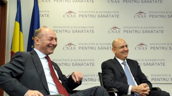 Fostul șef CNAS, Lucian Duţă, a ajuns milionar în perioada guvernării Băsescu-Boc.Care este traseul șpăgii de 8,8 milioane euro