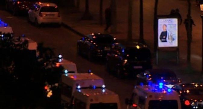 Atac armat la Paris: Cel puțin un polițist a fost ucis, atacatorul împușcat. Gruparea Stat Islamic revendică atacul