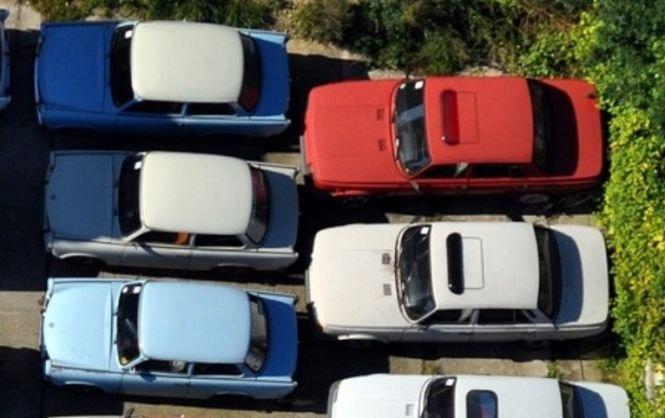 Veste proastă pentru românii care au mașini mai vechi de 12 ani